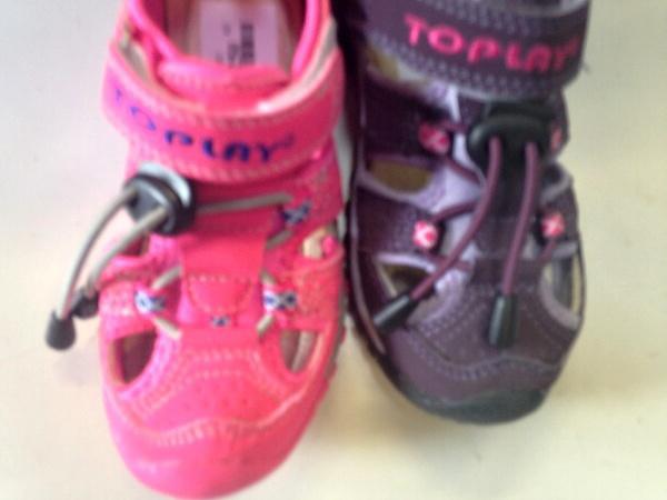 Dívčí sportovní sandále LISTAR (25-30)