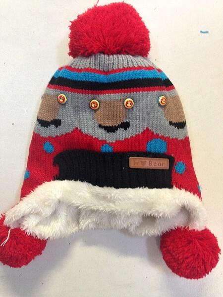 Pletená zimní čepice SAM