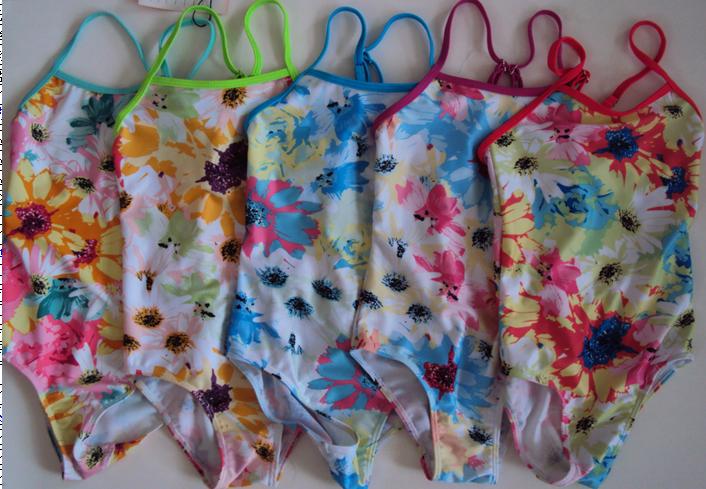 Dívčí jednodílné plavky SEFON (122-164)