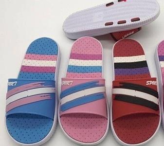 Dámské pantofle (36-41)